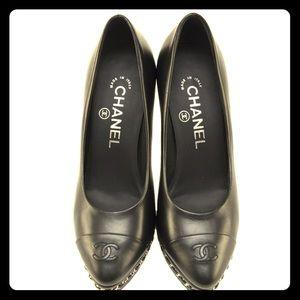 Chanel Lambskin Captoe Heels with Chain detail